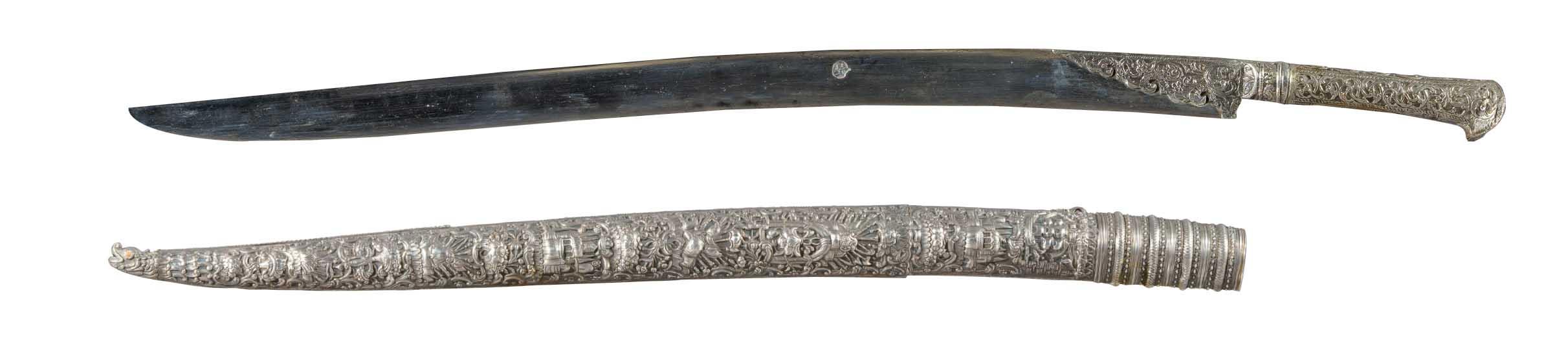 Γιαταγάνι με ασημένια λαβή και θήκη (Κρήτη, 1807)
